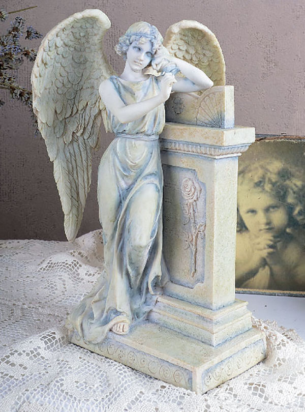 Anioł Wsparty O Nagrobek Secesyjna Figura